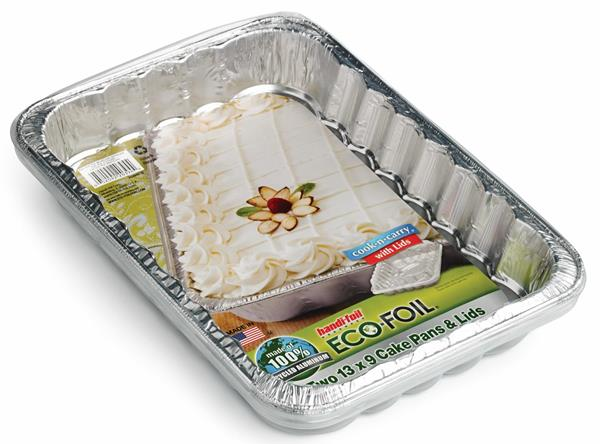 Handi-Foil Eco-Foil Cook-N-Carry 13 x 9 in. Cake Pans & Lids